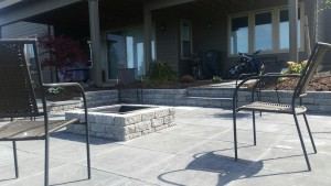 paver patio with steps and fire pit