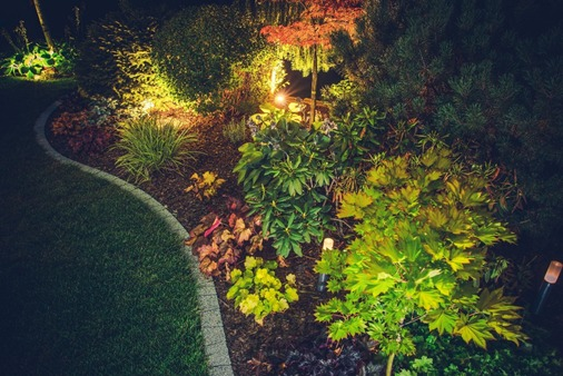 Frontier Landscape services providing exterior lighting installation for Vancouver, WA.